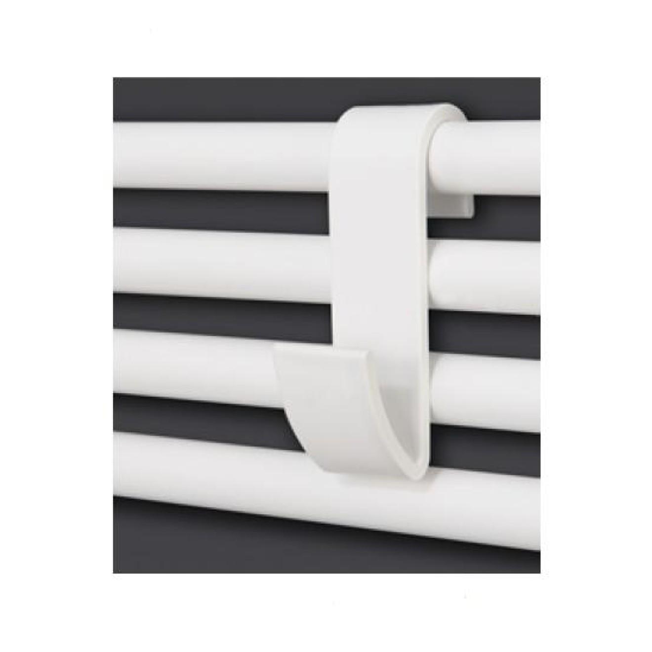kleiderhaken handtuchhaken zum einh ngen an sprossen badheizk rper weiss treffpunkt bad der. Black Bedroom Furniture Sets. Home Design Ideas