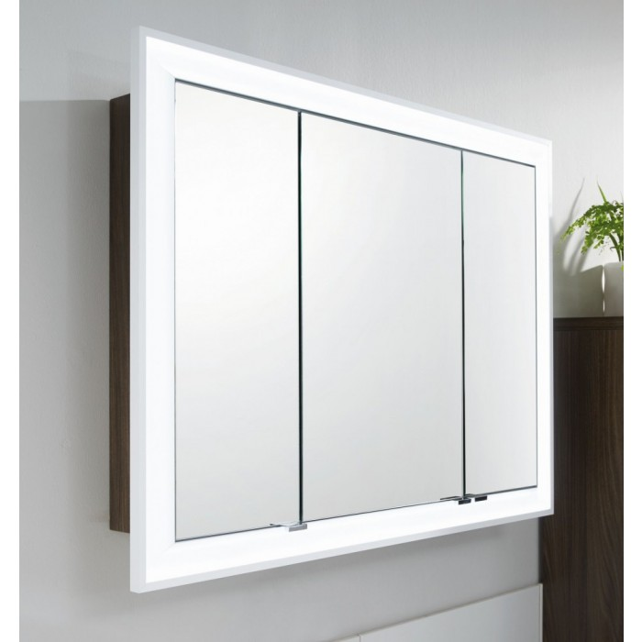 Einbau-Spiegelschrank 132 cm 3-türig mit LED Leuchtkranz ...